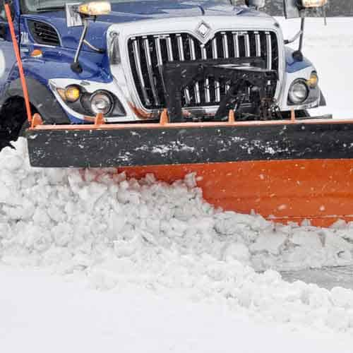 Professional Snow Removal to Avoid Serious Injury